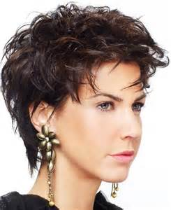 Short hairstyles for round faces flattering cute short hairstyles