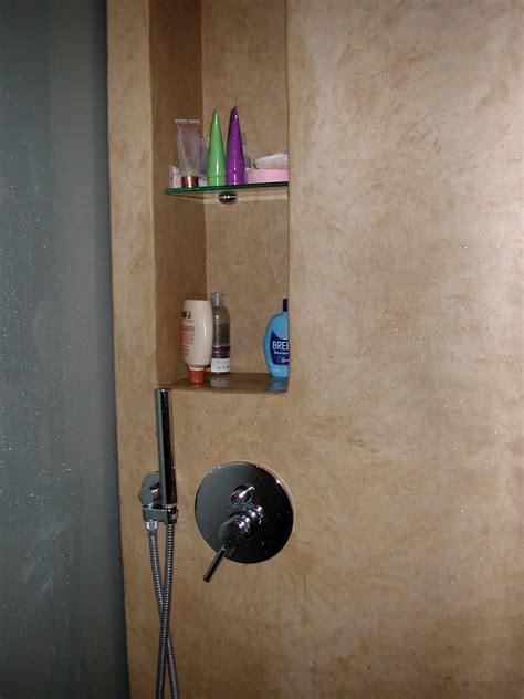 vano doccia foto nicchia portaoggetti nel vano doccia di decori e