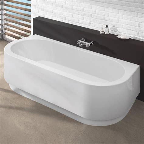 reuter badewanne hoesch happy d halbrunde badewanne mit angeformter sch 252 rze