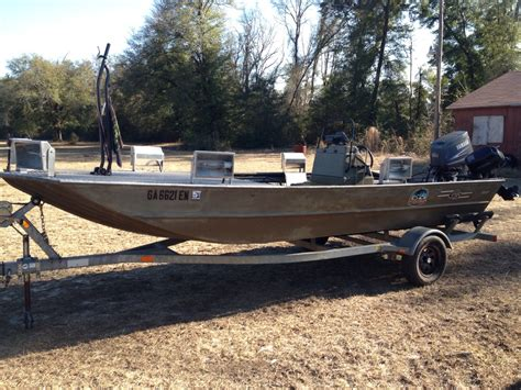 bowfishing boat sale 1860 g3 bowfishing boat could be a flounder gigging boat