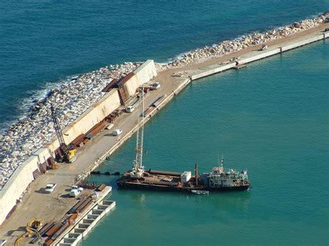 porto di castellammare porto di castellammare riapprovato il contratto per il