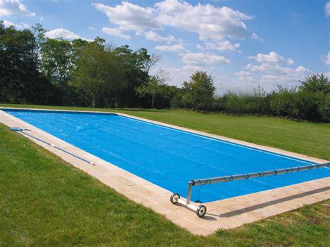 Formidable Traitement Choc Piscine #3: piscine-bache-bulles.jpg