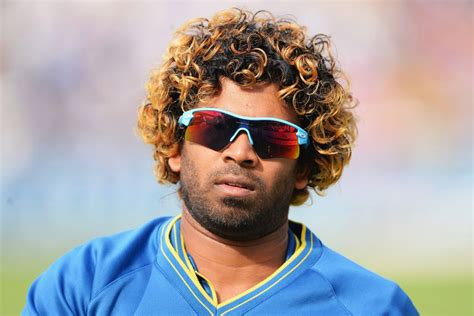 hairstyles of indian cricketers 10 famous cricketers and their weird hairstyles page 3 of 5