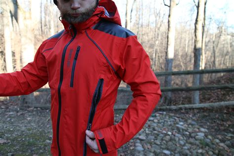 bicycle rain jacket review showers pass refuge rain jacket and body mapped