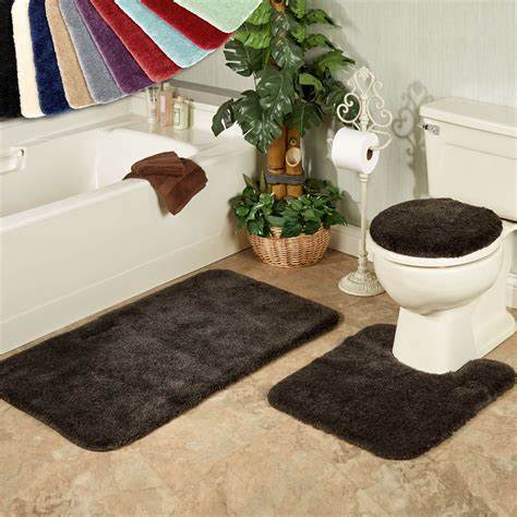 Toilet And Bath Mats by Acclaim Plush Bath Mats And Toilet Lid Covers