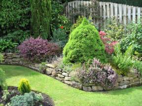 Garden Landscaping Ideas For Small Gardens Small Garden Ideas Pictures House Beautiful Design