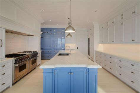 blue and white kitchen cabinets 25 blue and white kitchens design ideas designing idea