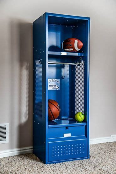 Bedroom Lockers For Sale by 33 Best Sports Lockers For Sale Images On Room Bench Seat And Fields