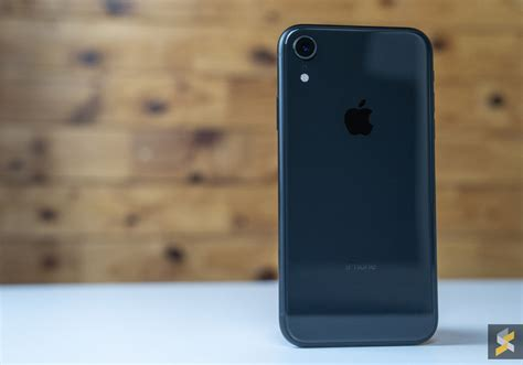 iphone xr now on sale with up to rm220 discount soyacincau