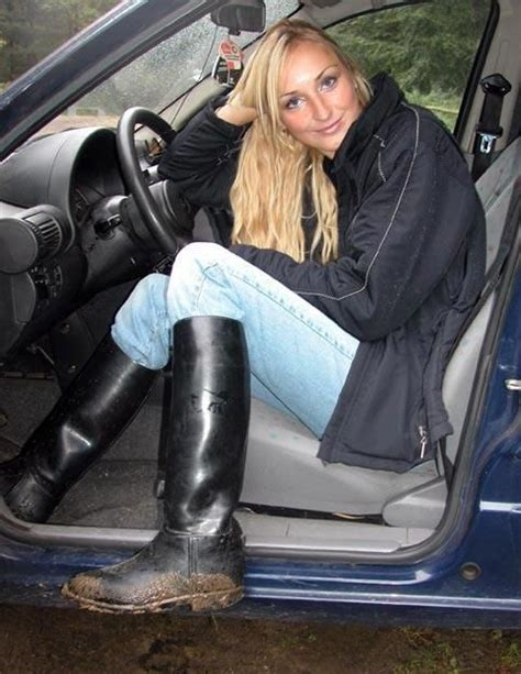 wearing rubber boots 10 images about boots on equestrian style