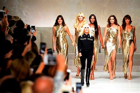 Ten Years On Pay Tribute To Gianni Versace by Supermodels Reunite For Gianni Versace Tribute Show See