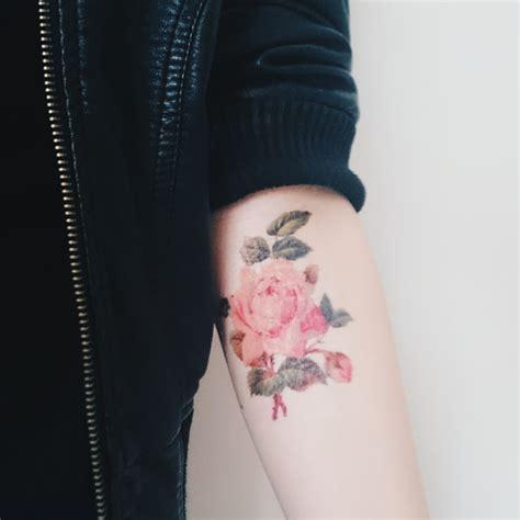imagenes de tatuajes retro fotos de tatuagem de flores vintage fotos de tatuagens