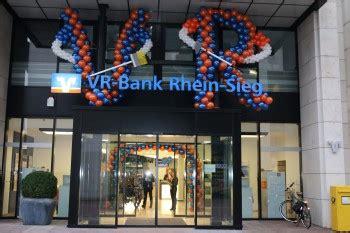 vr bank siegburg kreisstadt siegburg schon heute zwei t 252 ren ge 246 ffnet