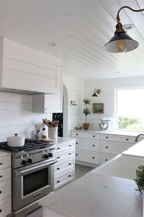 Tongue And Groove Kitchen Cabinets by 10 Ways To Use The Shiplap Lookbecki Owens