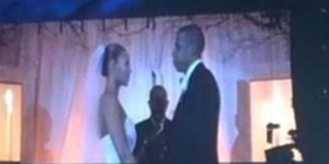 Beyonce And Z Ink The Knot by Beyonce Z Unveil Wedding During On The Run Tour