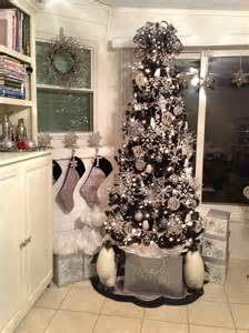 1000 ideas about black christmas trees on pinterest