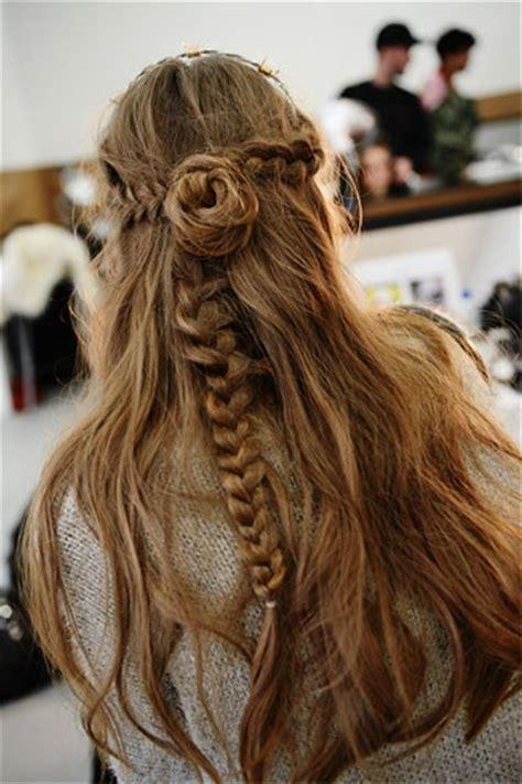 cute  fun weekend hairstyles simple easy hairstyles  pretty designs