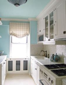 paint kitchen cabinets same color as trim pintando los cielorrasos a todo color pintomicasa