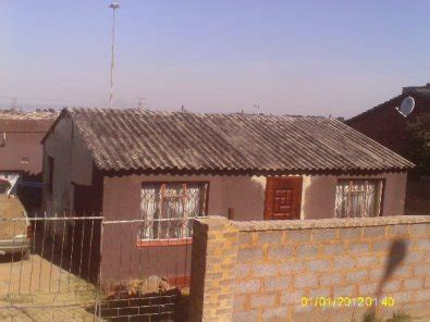 houses to rent to buy in soweto an old 4 roomed house in soweto zondi 1 junk mail