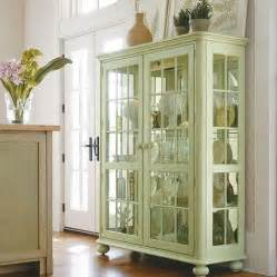 china cabinet display 25 best ideas about china display on china