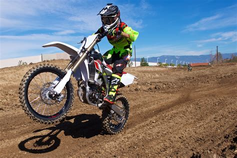 motocross bikes yamaha motocross and road motorcycle reviews tests and