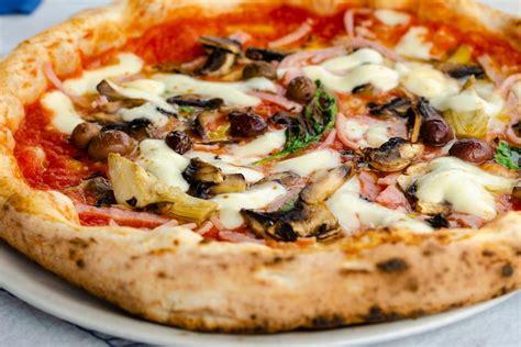ricetta pizza fatta in casa come si fa la pizza capricciosa la ricetta della pizza