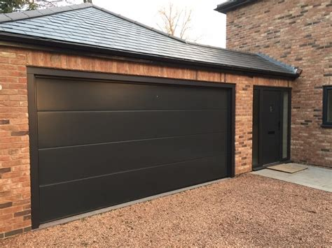 Sectional Overhead Garage Doors Steel Aluminum And Wood Sectional Garage Doors Allstateloghomes