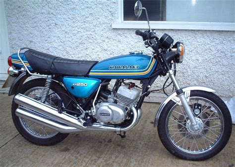 Kh Kawasaki by Kawasaki Kh 250 Photos And Comments Www Picautos
