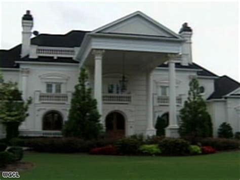 michael vick house no takers for michael vick s georgia mansion cnn com