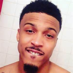 August alsina is not dead collapses off stage after death rumors
