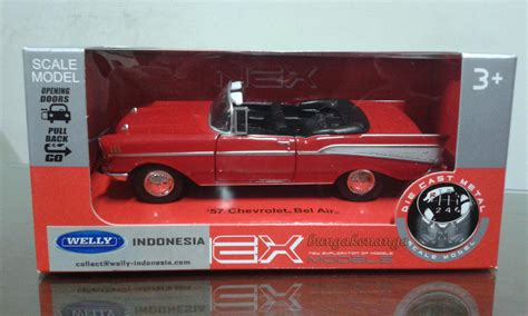 Mobil Mainan Aki Bmwx6 Berlisensi 1 mainan mobil welly dhian toys