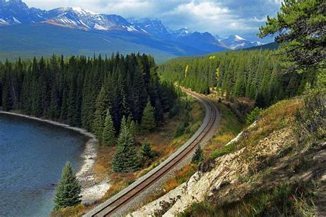 PHOTO: Bow Valley Parkway, Banff National Park, Canada
