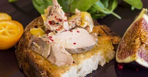 comment cuisiner le foie gras cru le foie gras tout pour le choisir le pr 233 parer et le