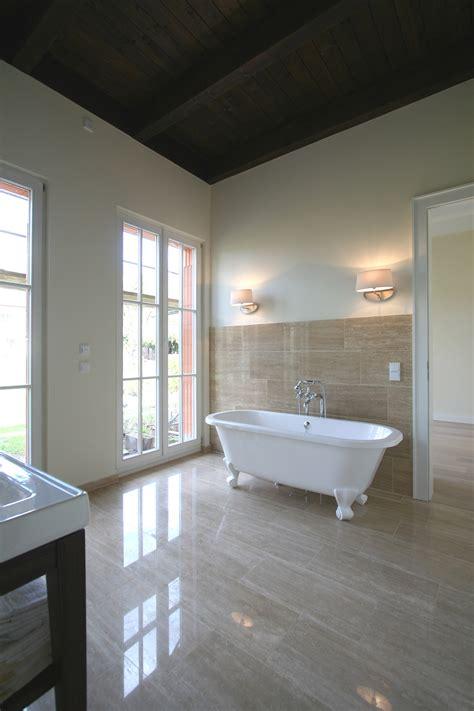 wäschespinne badewanne nat 220 rlich im gr 220 nen landhaus im spreewald