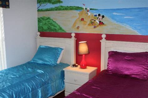 Disney Themed Bedrooms by Disney Themed Bedroom