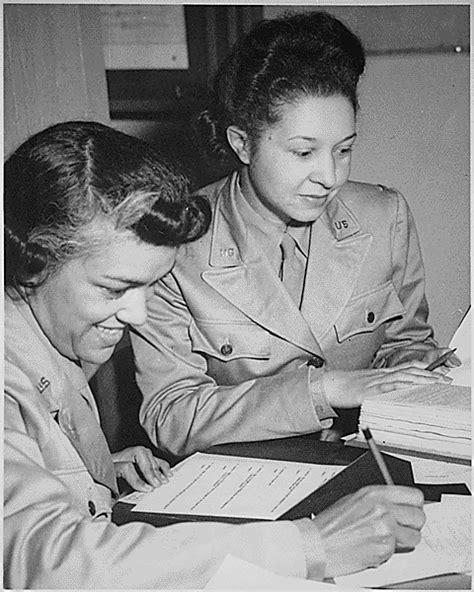 african americans in world war ii wacs the rewm 20 photos of black women at work during world war