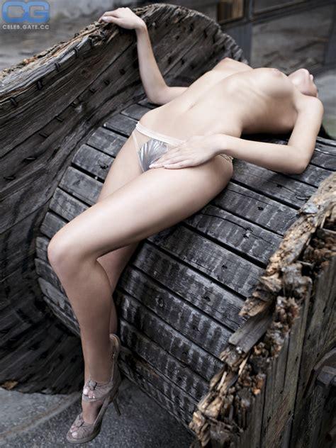 Banely  nackt Lana Gloria
