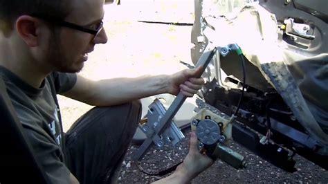 auto reparieren defekten fensterheber im auto reparieren oder auswechseln