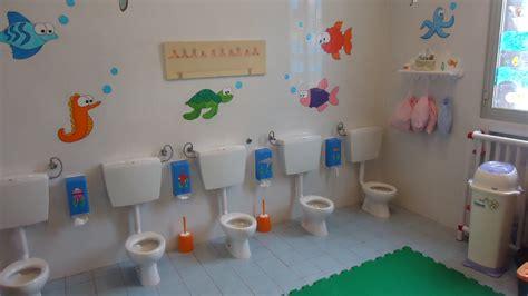 bagno bambini arredo per asilo nido arredamento bagni per asili nido