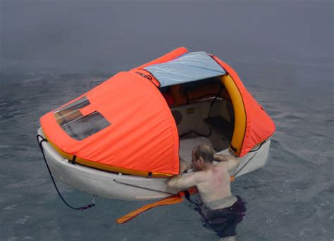 emergency inflatable boat dinghy lifeboat yacht tender sailing dinghy