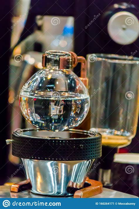 showcase syphon coffee maker  syphonist stock image image  brew chambers