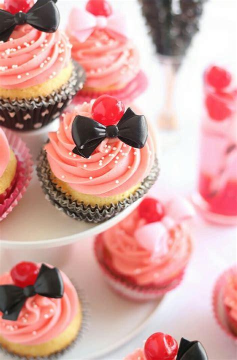 girly cupcake wallpaper cupcakees image 2158409 by saaabrina on favim com