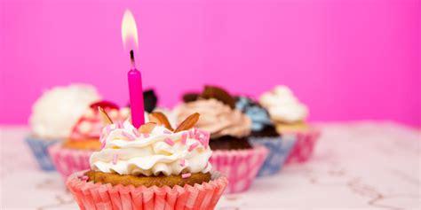membuat kue ulang tahun dalam bahasa inggris ragam kesalahan auto correct smartphone membuat kue ulang