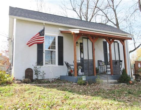 cottages for sale 714 sq ft cottage for sale in ash grove mo