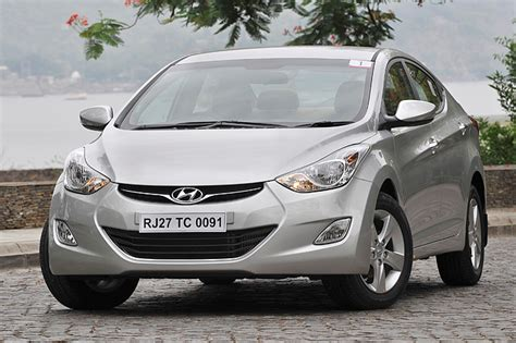 New Hyundai Elantra 2012 photos   Car Gallery   Executive