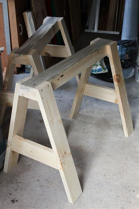 sawhorse canoe stands