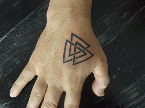 valknut tattoo meaning valknut by juliano pereira on deviantart