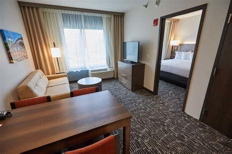 hotels with separate bedroom bedroom remarkable hotel suites with separate bedroom on spacious one guest gundersen