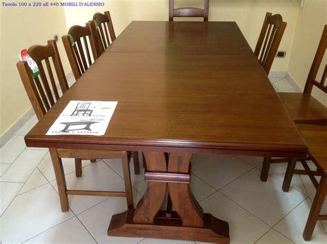 tavolo in legno massello prezzi tavolo allungabile in legno massello con 8 sedie tavoli