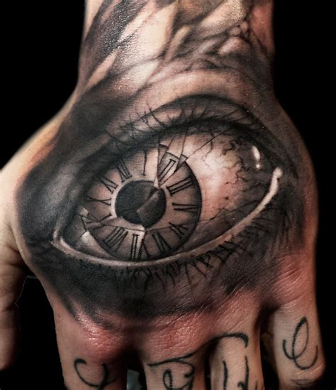 tattoos of eyeballs there s a story in these the most realistic eye